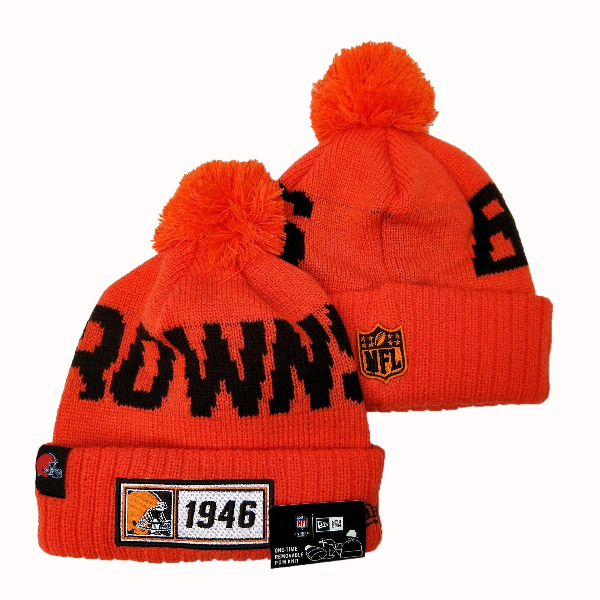 Browns Team Logo Orange Pom Knit Hat YD
