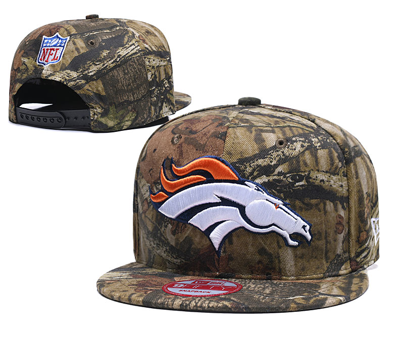 Broncos Team Logo Camo Adjustable Hat LT