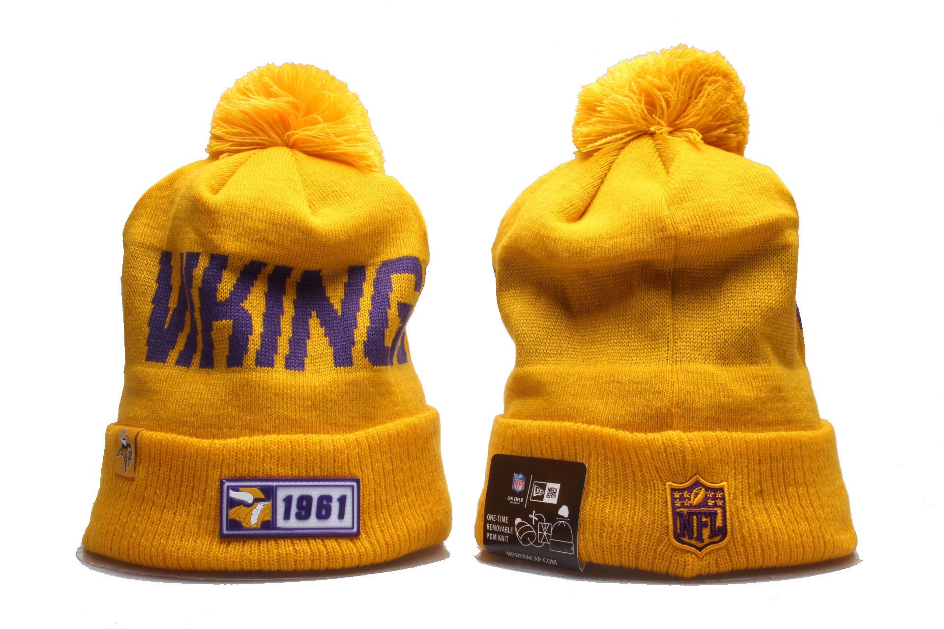 Vikings Team Logo Cuffed Pom Knit Hat YP