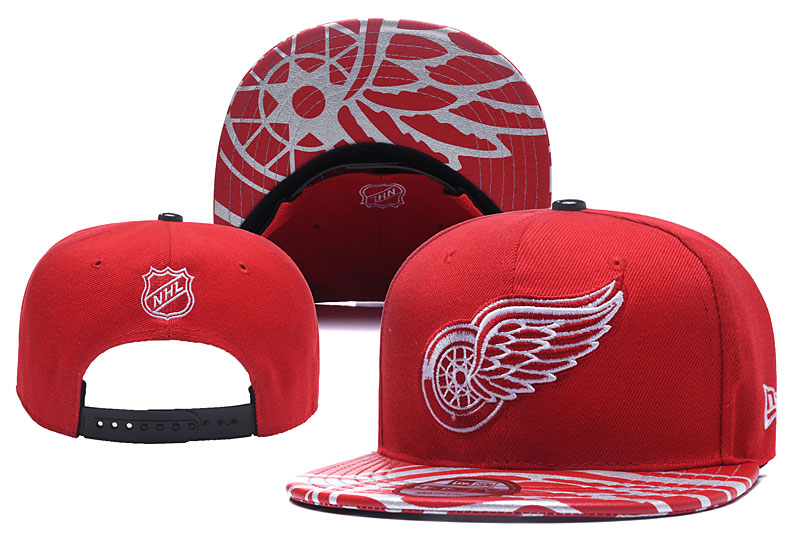 Red Wings Team Logo Red Adjustable Hat YD