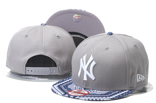 Yankees Team Logo Gray Adjustable Hat GS