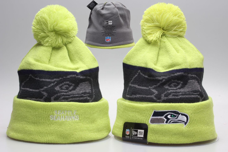 Seahawks Team Logo Wordmark Cuffed Pom Knit Hat YP