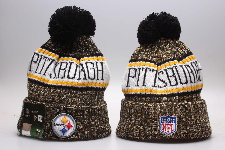 Steelers Team Yellow Wordmark Cuffed Pom Knit Hat YP