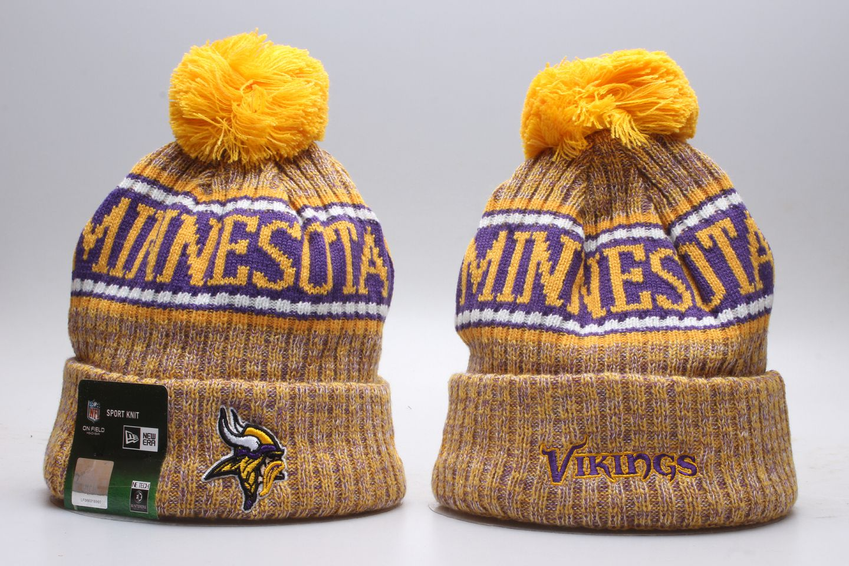 Vikings Team Logo Yellow Wordmark Cuffed Pom Knit Hat YP