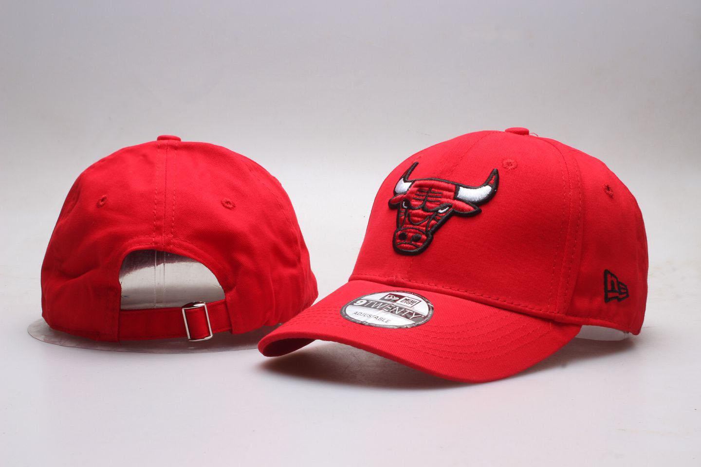 Bulls Team Logo Red Peaked Adjustable Hat YP