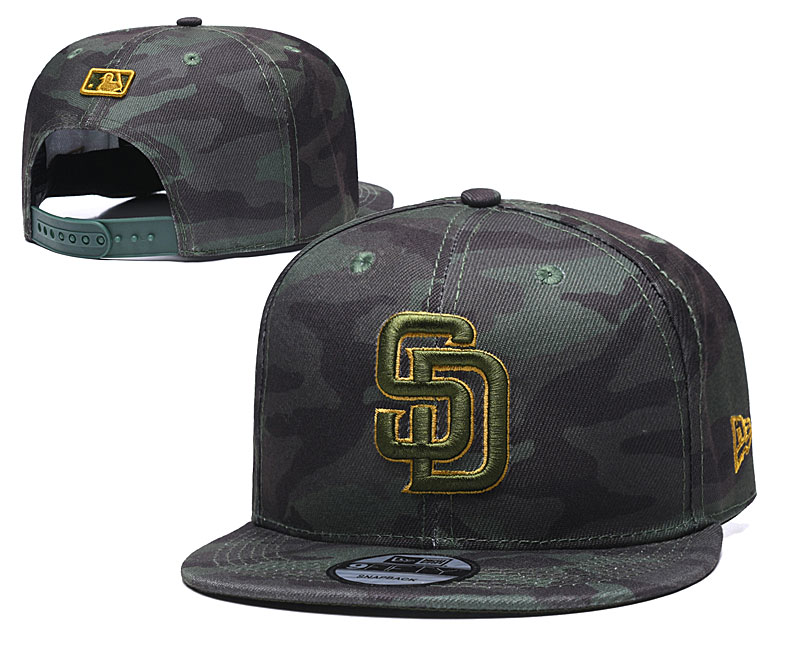 Padres Team Logo Camo Adjustable Hat TX