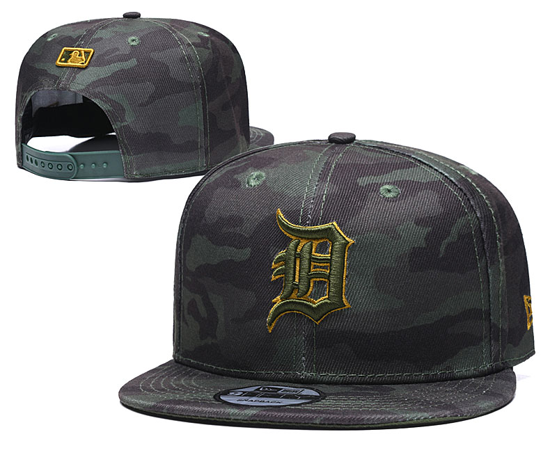 Tigers Team Logo Camo Adjustable Hat TX