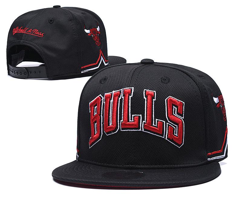 Bulls Team Logo Black Mitchell & Ness Adjustable Hat TX