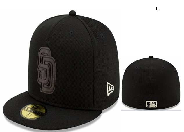 Padres Team Logo Black Fitted Hat LX