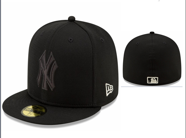 Yankees Team Logo Black Fitted Hat LX