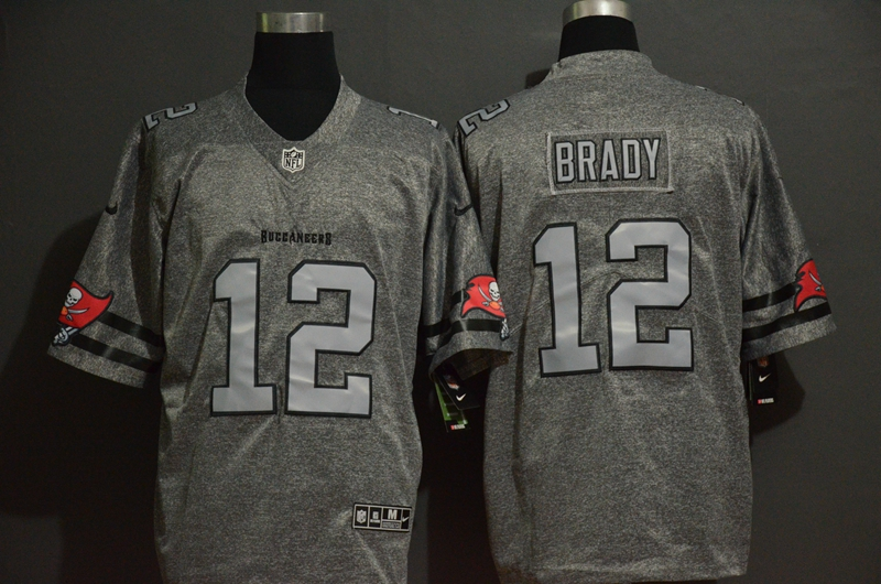 Nike Buccaneers 12 Tom Brady Gray Gridiron Gray Vapor Untouchable Limited Jersey