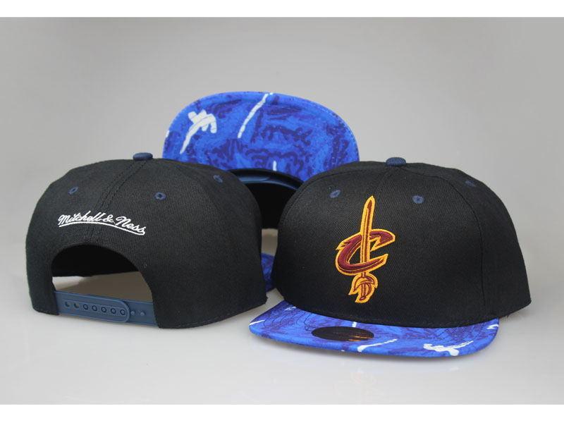 Cavaliers Team Logo Black Mitchell & Ness Adjustable Hat LT