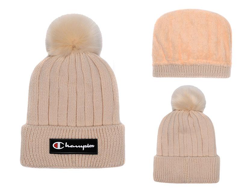 Champion Fresh Logo Cream Fashion Knit Hat SG