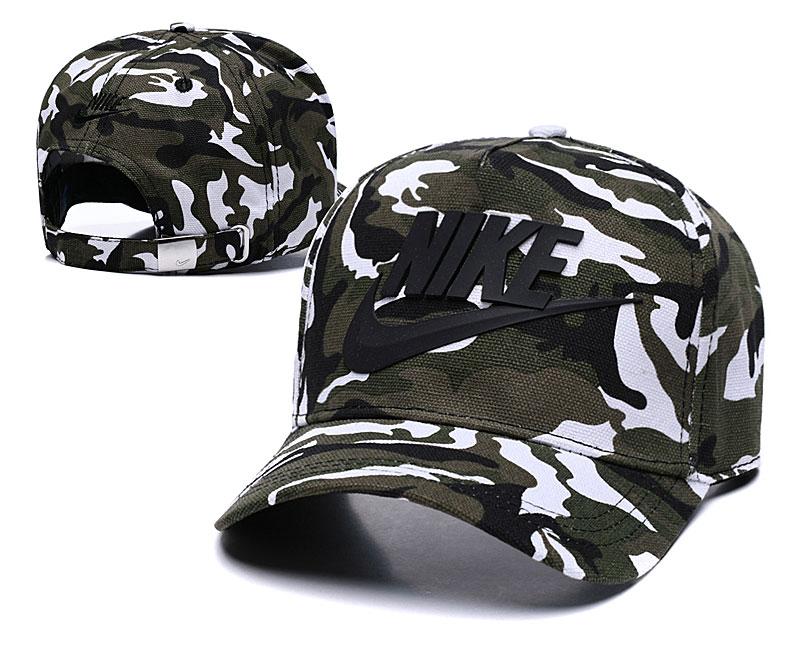 Nike Classic Camo Peaked Adjustable Hat TX