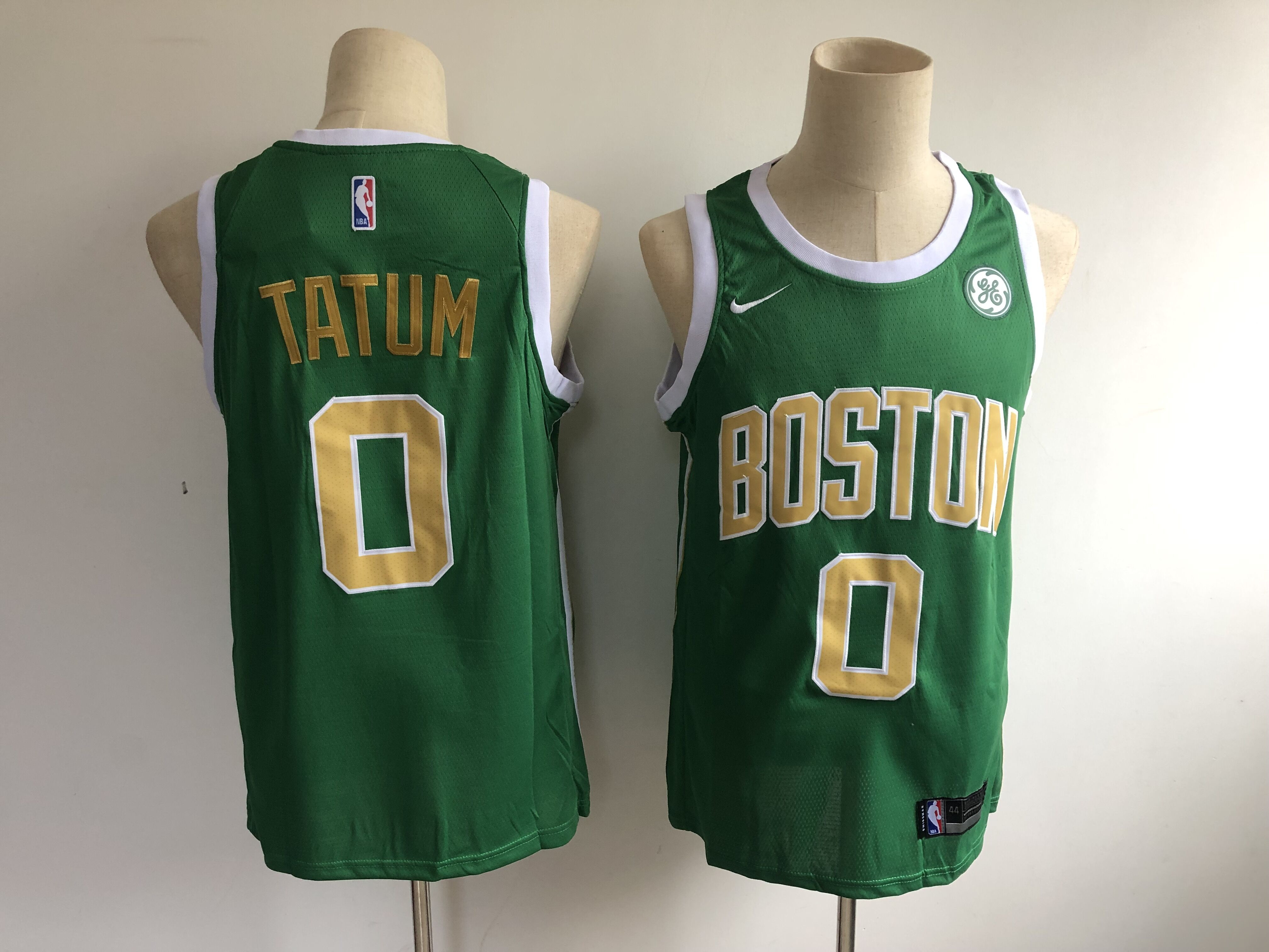 bc3a5b78921 Celtics 0 Jayson Tatum Green 2018-19 Earned Edition Nike Swingman Jersey