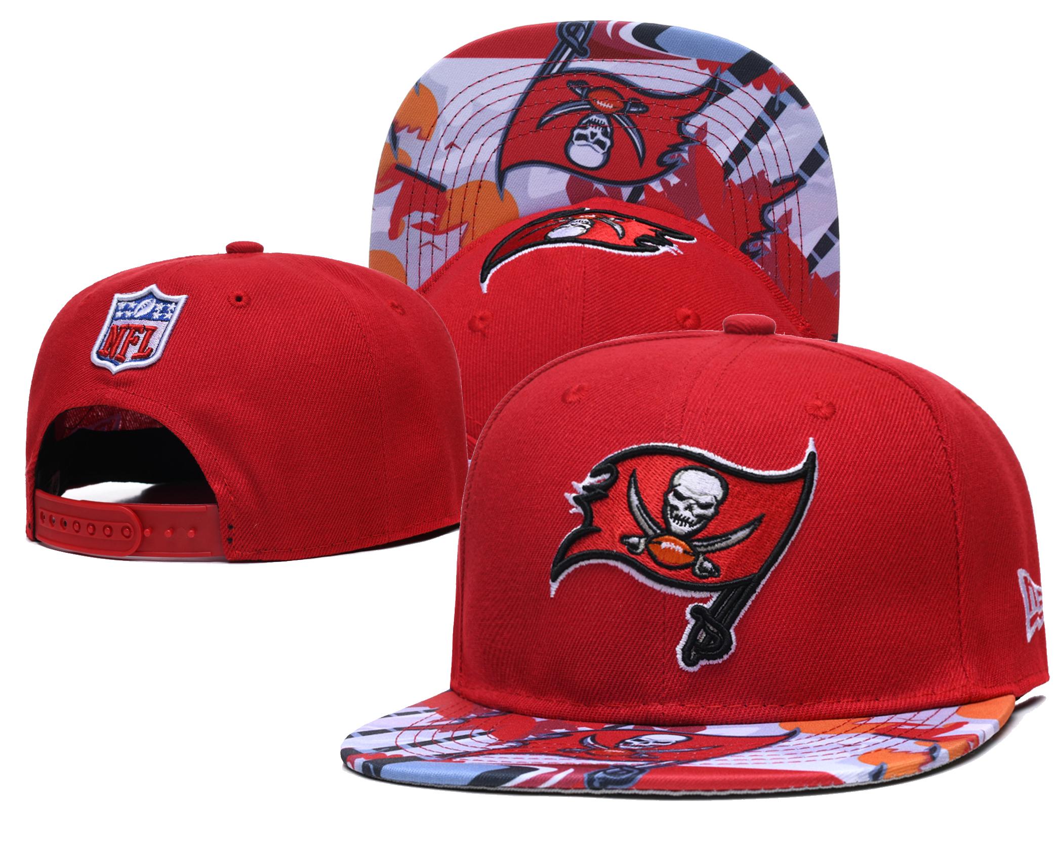 Buccaneers Team Logo Red Adjustable Hat LH