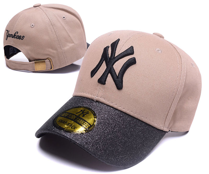 Yankees Team Logo Cream Peaked Adjustable Hat SG