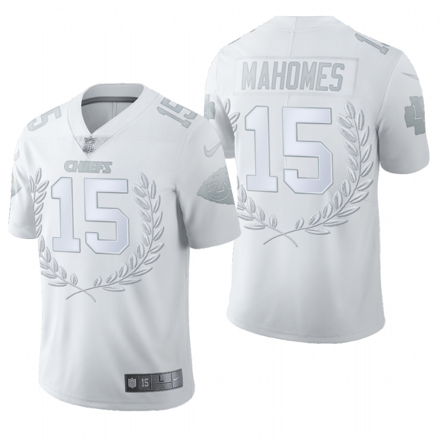 Nike Chiefs 15 Patrick Mahomes White Commemorative Edition Vapor Untouchable Limited Jersey