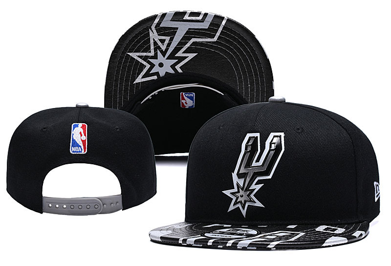 Spurs Team Logo Black Adjustable Hat YD