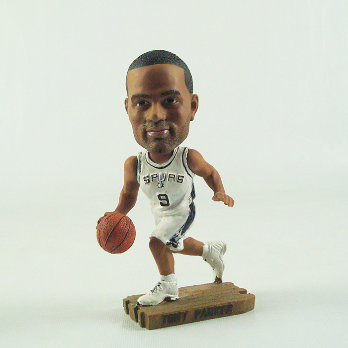 Spurs 9 Tony Parker Action Figure